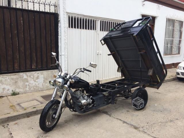 1406bdf945a Moto Modelo Cargo - Brick7 Motos