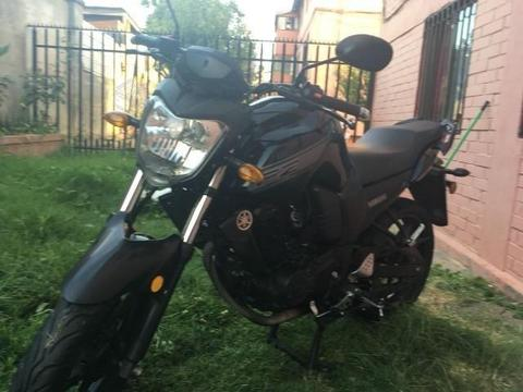 Moto velocidad (incluye casco)