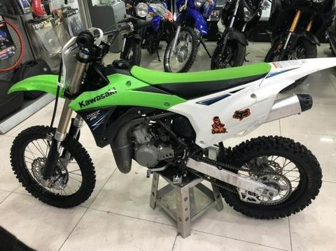 Kawasaki KX85 2014 muy poco uso, jamás corrida